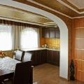 Balaton Golf Villa konyha nappaliból